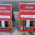 Potykacz reklama drzwi